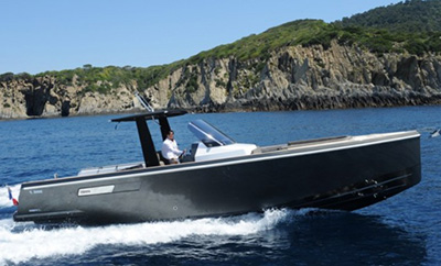 L'�dition limit�e du Fjord 36 Open au salon Top Marques Monaco