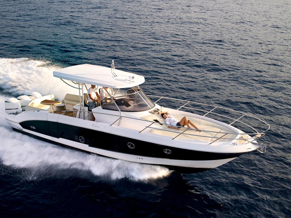bateau sessa marine key largo 36 day cruiser neuf la vente alpes maritimes n 3146. Black Bedroom Furniture Sets. Home Design Ideas
