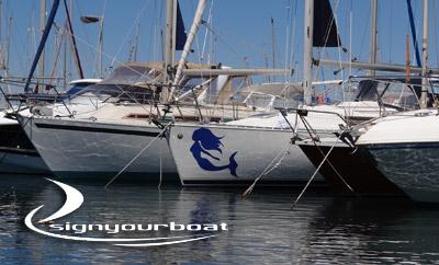 Personnalisez votre bateau avec des stickers