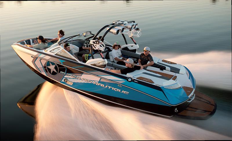 bateau wakeboard